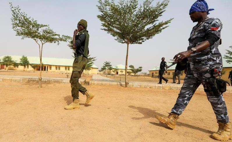 نيجيريا.. مسلحون يحررون 240 معتقلا من أحد السجون