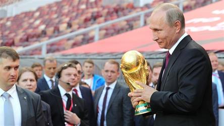 لماذا لم يشاهد بوتين مباراة روسيا ومصر؟
