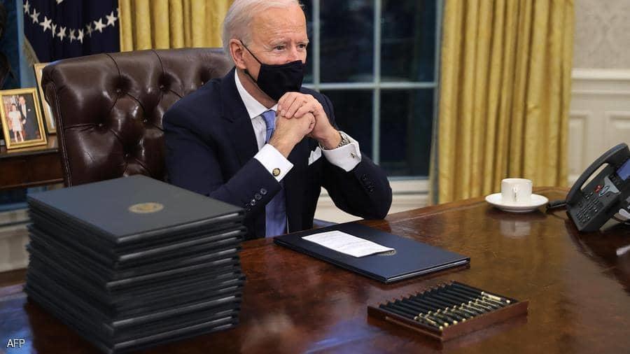 بسبب ترامب.. مذكرة عاجلة من البيت الأبيض للوكالات الفيدرالية