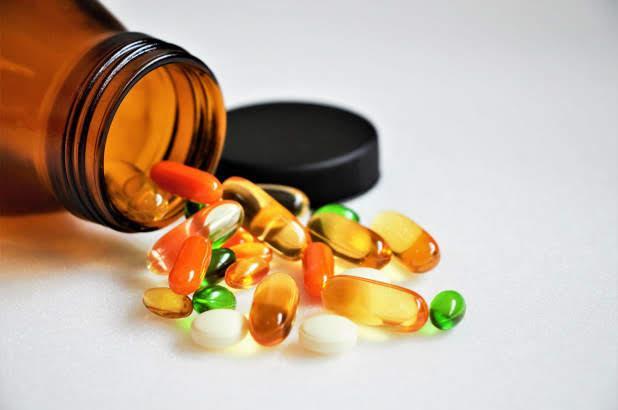 أخبار 24 من أفضل المكملات الغذائية لكبار السن هذه 4 فيتامينات ومعادن مهمة