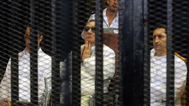 تأجيل محاكمة مبارك إلى جلسة الاثنين المقبل