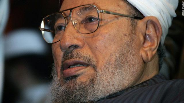 القرضاوي: عسكر مصر هم الإرهابيون والقتلة