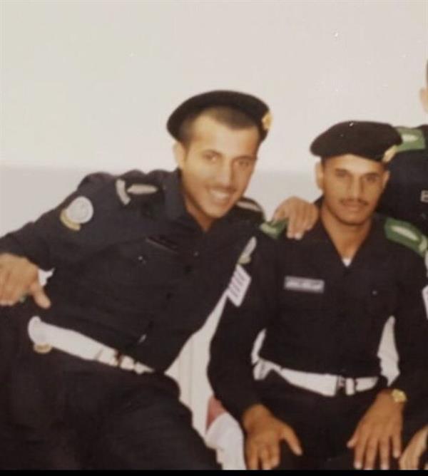 أخبار 24 تركي آل الشيخ ينشر 3 صور نادرة له اثنان منها بالزي العسكري