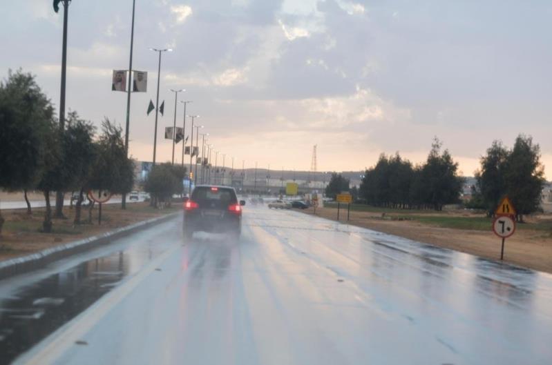 تنبيهات بأمطار رعدية على عدة مناطق.. ورياح نشطة بالرياض