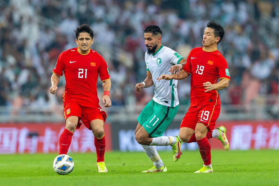جانب من مباراة الصين والسعودية