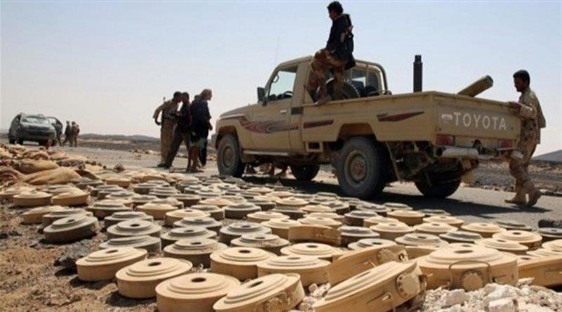 الحكومة اليمنية تدعو إلى محاكمة مليشيا الحوثي الإرهابية بتهمة زرع الألغام بشكل عشوائي
