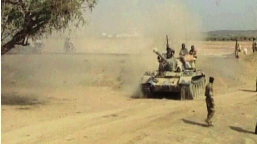 يتهم التقرير ايضا الحكومة اليمنية بالعجز عن حماية المدنيين اثناء القتال