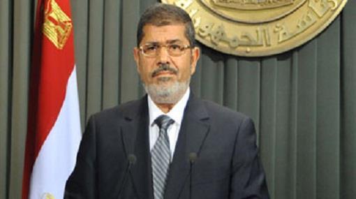 الرئيس المصري يقول إنه سيجري تعديلا وزاريا