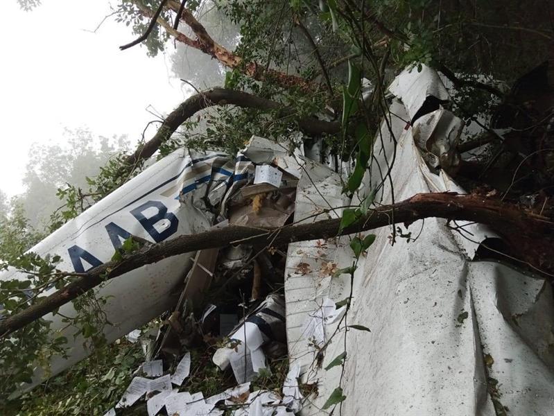 تحطم طائرة تدريب في لبنان