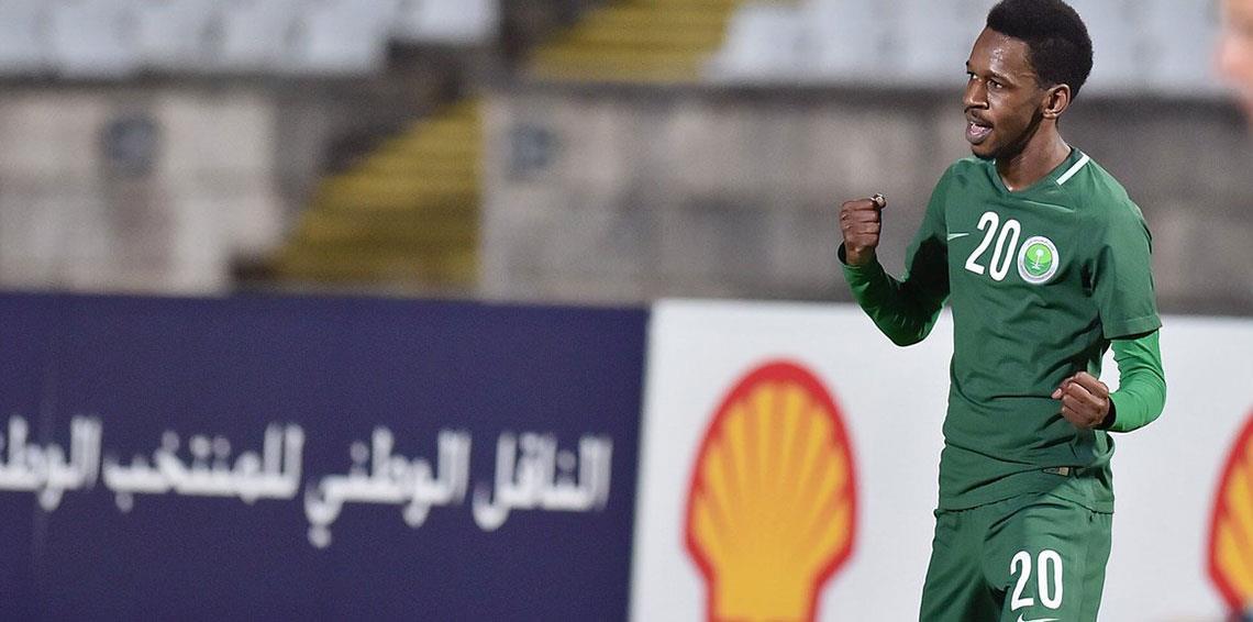 هدف مختار فلاتة الرائع يحرج رامون دياز أمام جماهير نادي الهلال