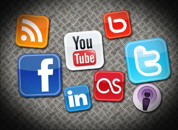 ذكرت مصادر مطلعة أن جهات عسكرية حظرت على منسوبيها المشاركة في وسائل الإعلام  المختلفة وكذلك التفاعل مع مواقع التواصل الاجتماعي، إلا بعد الحصول على  موافقة ...