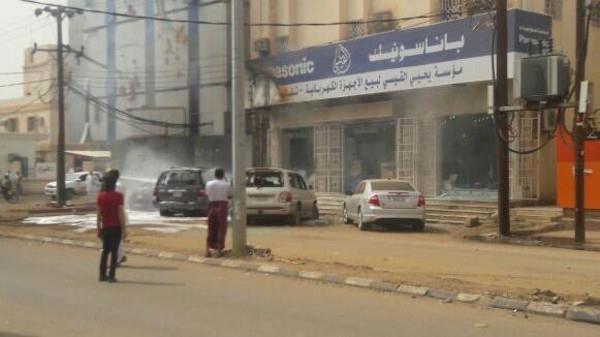 إصابة 5 مقيمين نتيجة سقوط قذيفتين حوثيتين بصامطة