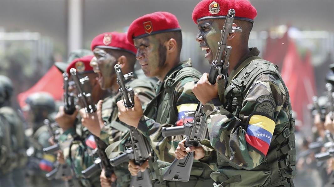 اختطاف 8 جنود فنزويليين على يد مجموعة كولومبية