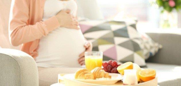 المسموح والممنوع.. ماذا تأكل الحامل قبل الولادة؟