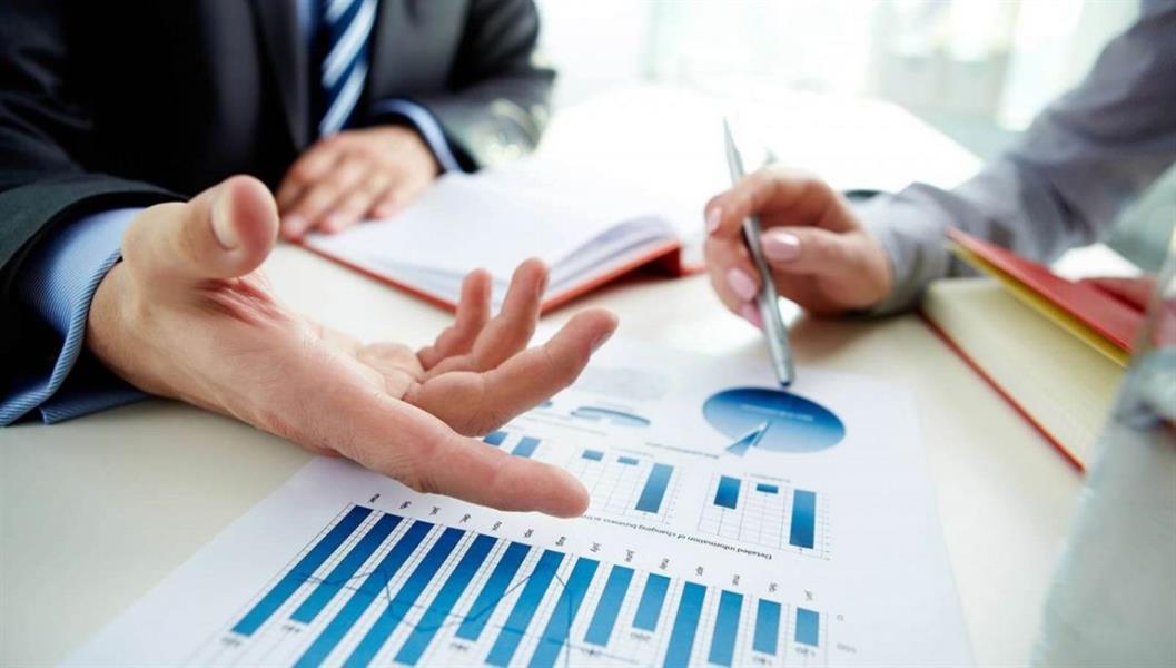 خبير في مجال الإدارة والتخطيط يوضح طريقة التعامل مع تجاوزات المدراء على الموظفين