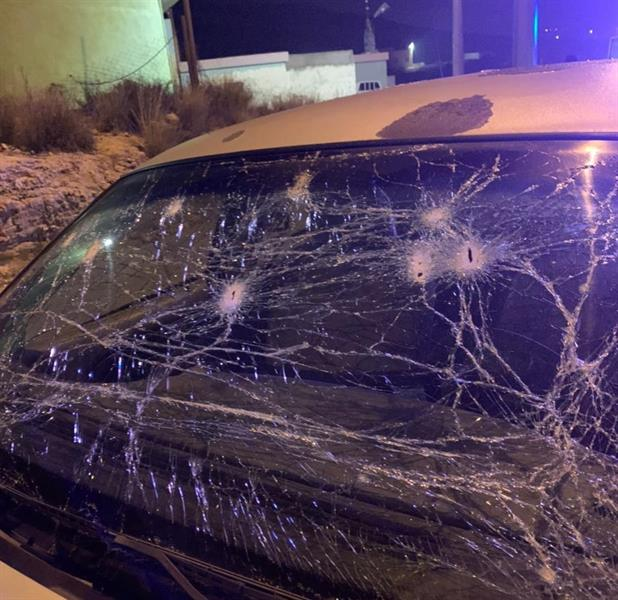 إصابة طفل وأحد المدنيين نتيجة سقوط وتناثر شظايا اعتراض طائرات دون طيار بمحافظتي خميس مشيط وأحد رفي