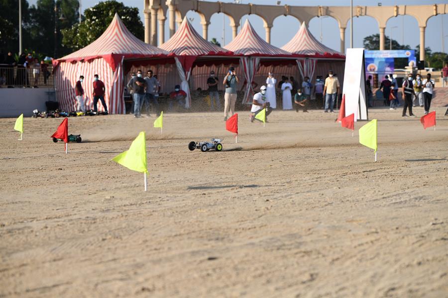 لقطات من فعاليات بطولة الجبيل للسيارات اللاسلكية.. وتتويج الفائزين