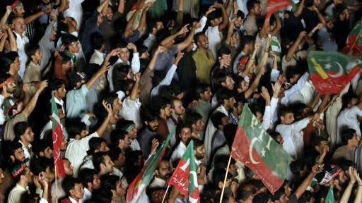المحتجون في باكستان سيدخلون المنطقة الحمراء بإسلام أباد