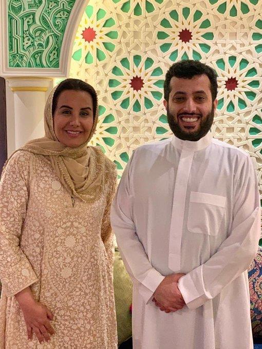 أخبار 24 آل الشيخ يعلن بدء التنسيق لمعرض أنا عربية ويدعو سيدات الوطن العربي للمشاركة