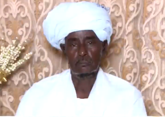 معلم سوداني يتحدث عن سر تعلق طلابه الذين درسهم قبل 40 عاماً بالمملكة به