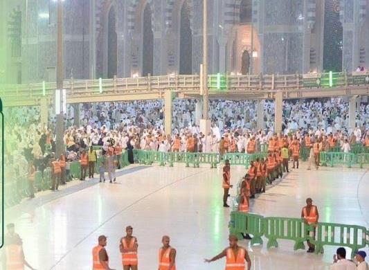 شاهد.. الأمن العام ينشر 2500 رجل أمن بالساحة الغربية وباب الملك فهد بالحرم المكي