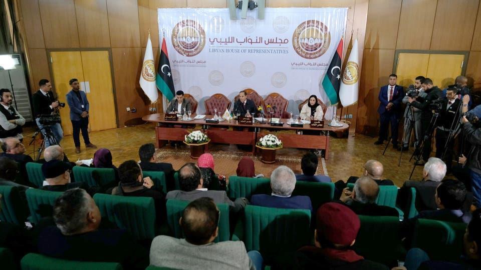 جلسة البرلمان الليبي في بنغازي لبحث التدخل العسكري التركي