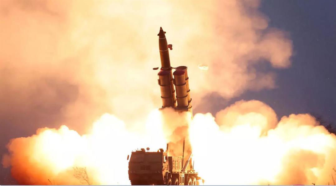 كوريا الشمالية تختبر صاروخين باليستيين وسط تعثر في المحادثات النووية