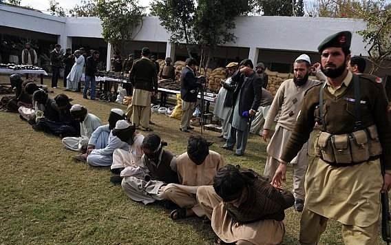 الأمن الباكستاني يعتقل نحو 11 ألف شخص في الحملات الأمنية