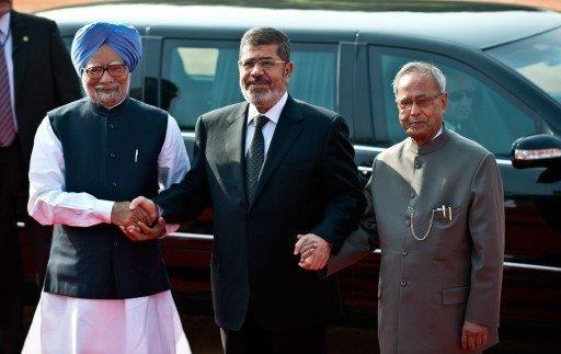 مرسي يناشد الهند زيادة استثماراتها والمساهمة في مشروع تنمية قناة السويس