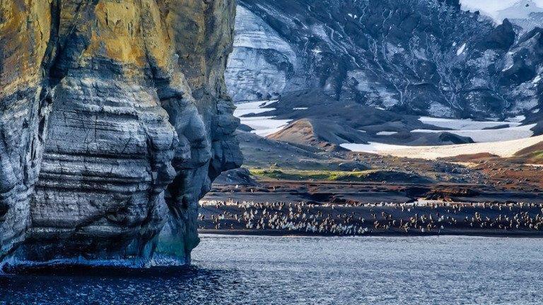الاختفاء المفاجئ لبحيرة عملاقة في القارة القطبية الجنوبية