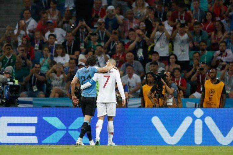 """بالفيديو.. """"كافاني"""" يطيح بالبرتغال من كأس العالم ورونالدو يلحق بميسي"""