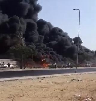انفجار خط بترول يسبب حريقاً في مصر