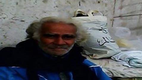 فنان مصري يتسول في شوارع القاهرة