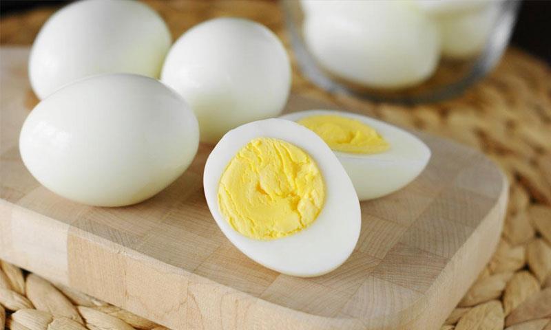أسباب تحفزك لتناول بيضة واحدة على الأقل يوميا
