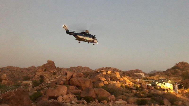 انتشال جثمان مواطن سقط من مرتفع جبلي بالطائف