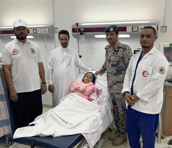 حرس الحدود ينقذ طفلة تعرضت للغرق في عسير