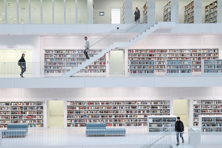 وزير الثقافة يطلق مبادرة لتحويل المكتبات العامة إلى منصات ثقافية