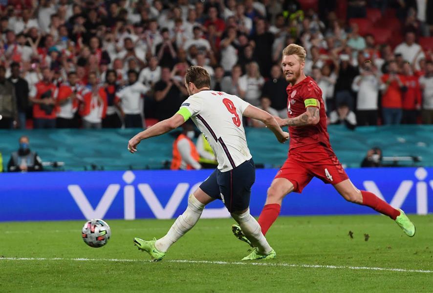 انجلترا تتخطى الدنمارك لتواجه إيطاليا في نهائي يورو 2020 (فيديو وصور)
