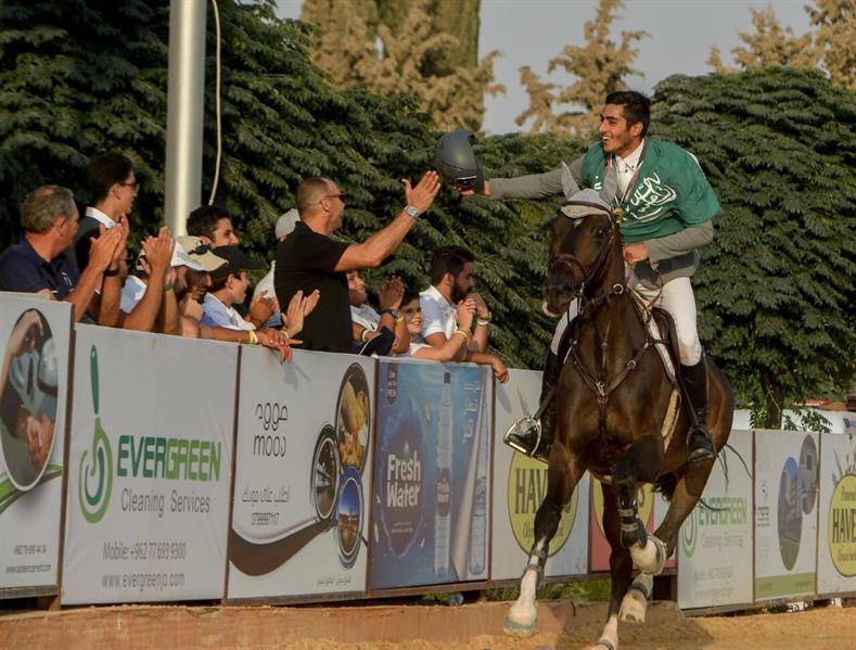 عبدالرحمن الراجحي يحرز لقب بطولة الأردن للفروسية
