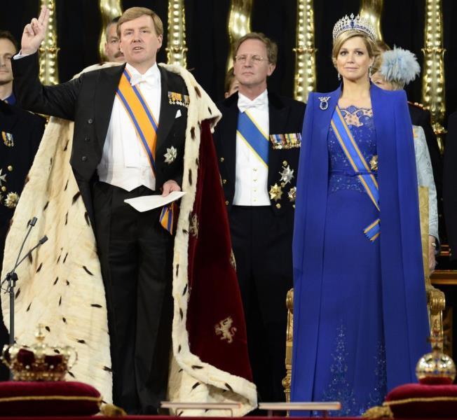 هولندا تحظى بملكها الأول منذ 120 عاما