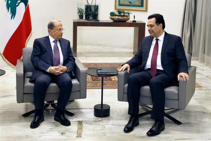 حكومة لبنان تبصر النور.. والشارع يشتعل