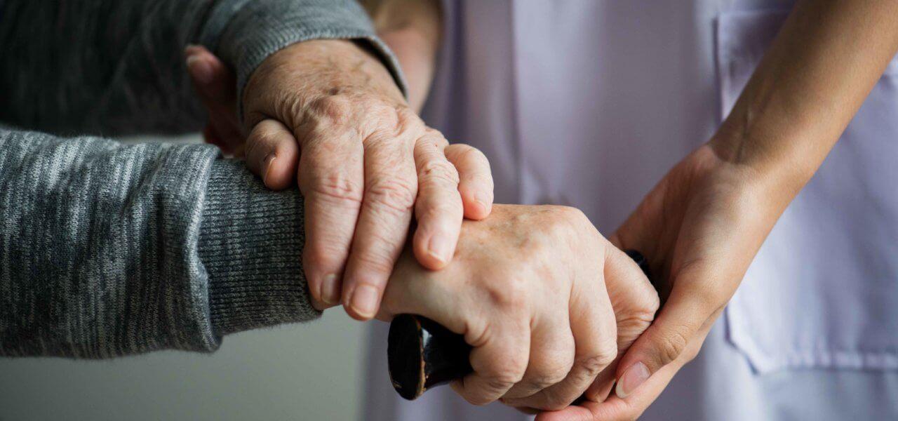 """نصائح من """"الصحة"""" للعمالة المنزلية التي تتعامل مع كبار السن للوقاية من فيروس كورونا"""