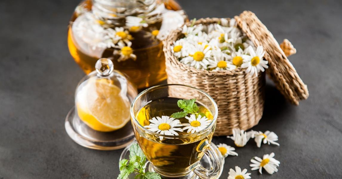 هذه الأطعمة والمشروبات تساعدك على الاسترخاء والنوم العميق