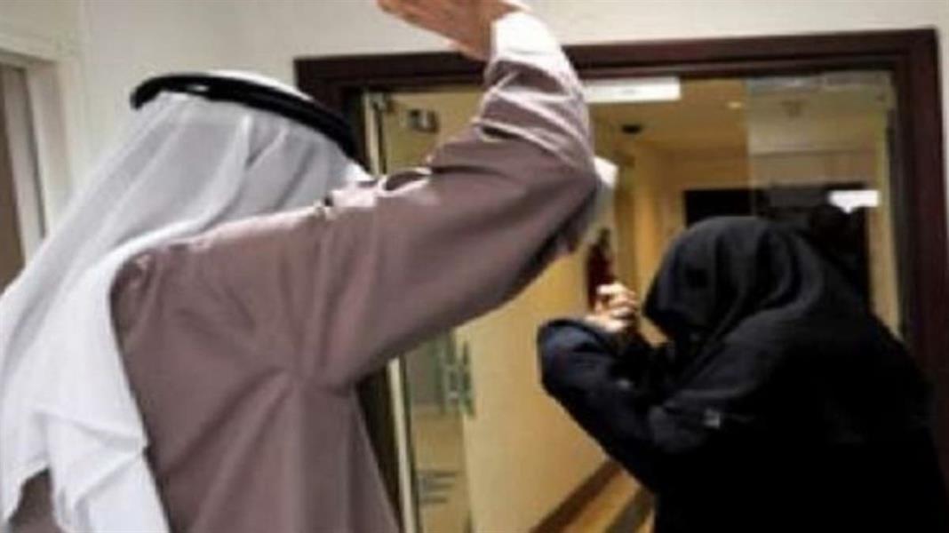 """""""العنف الأسري"""" يتفاعل مع واقعة السيدة المعنفة من قبل زوجها في عرعر"""