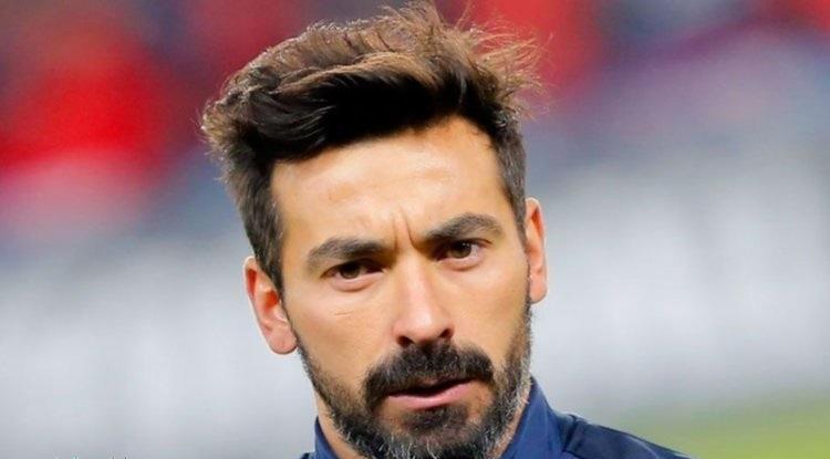 الأرجنتيني لافيتزي يعلن اعتزاله كرة القدم
