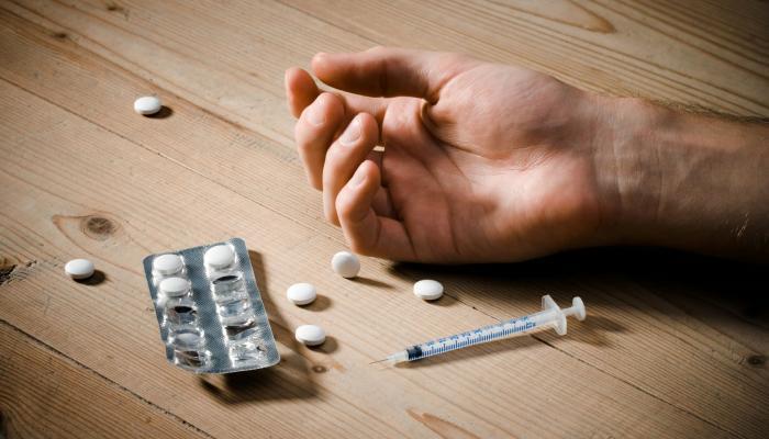 """""""مكافحة المخدرات"""": المدمن يعتبر مريضاً وليس مجرماً ولن تقام دعوى ضد أي شخص يتقدم للعلاج"""
