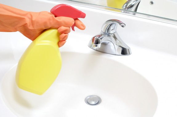Disinfectant spray wipes home disinfection cleanipedia for How to clean bathroom faucets