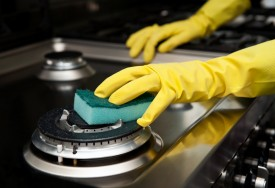 Oven Cleaning Tips: How to Clean an Oven