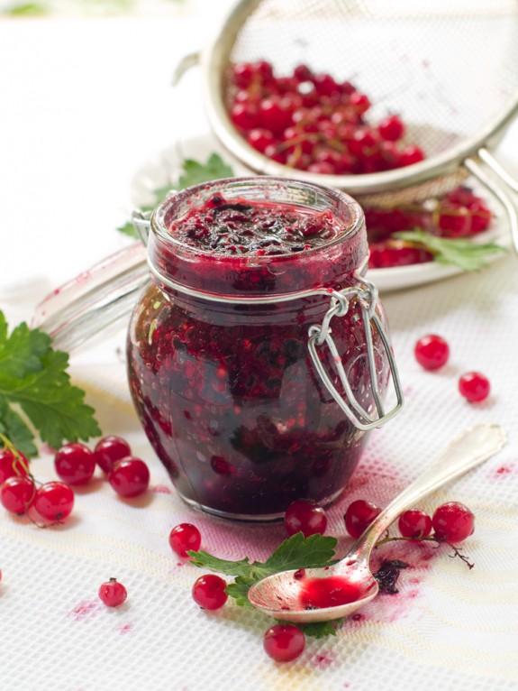 Как удалить фруктовые и ягодные пятна | Как избавиться от фруктовых пятен на одежде | Стирка одежды с фруктовыми пятнам