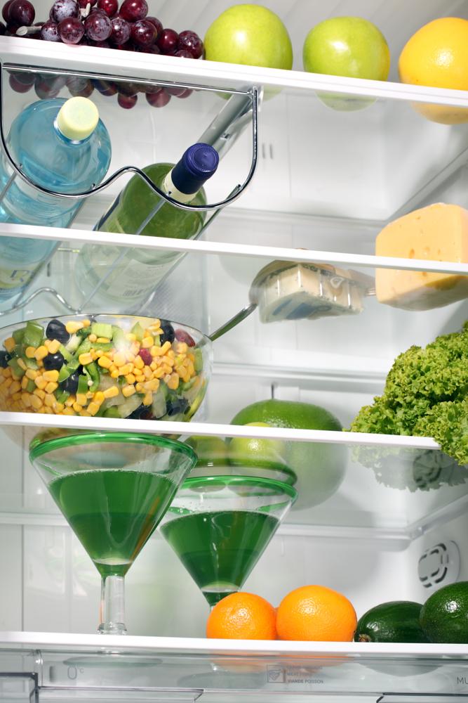 Как чистить холодильник?